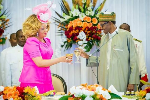 buhari-in-cameroon-drink-with-first-lady